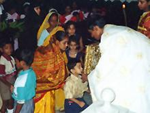 Orthodox mission priest in India presenting the Gospel